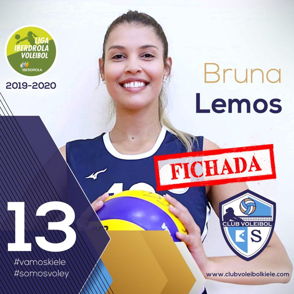 FICHADA con el nº 13 la colocadora brasileña BRUNA LEMOS