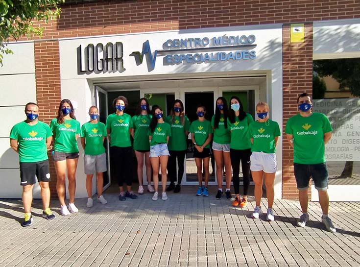 Plantilla y Cuerpo Técnico del KIELE limpios de COVID tras las pruebas realizadas en CENTRO MEDICO LOGAR